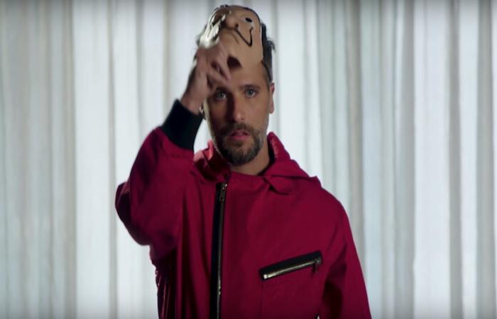 Bruno Gagliasso em vídeo produzido pela Netflix. (Foto: Reprodução/YouTube)