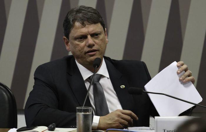 Segundo com Tarcísio, o maior projeto que será leiloado será a rodovia Presidente Dutra, trecho da BR-116 entre São Paulo e Rio de Janeiro. (Foto: Fabio Rodrigues Pozzebom/Agência Brasil)
