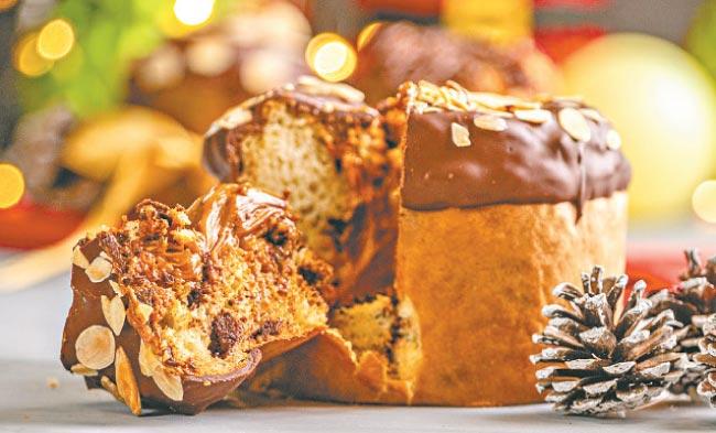 Chocolates, biscoitos, brigadeiros e panetones recheados são algumas das especiarias vendidas nesta época do ano (Camila Pifano)