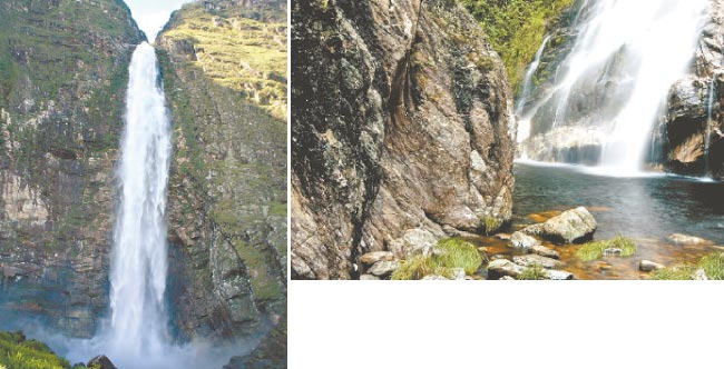 Queda da Cachoeira do Fundão tem 90 metros. A Cachoeira do Capão Forro figura entre os lugares de visitação recomendada  (Ricardo Fiuza/Divulgação | Adriano Gambarini/Divulgação)