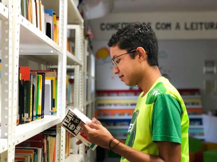 Thiago Nakazone, aluno do Colégio Boa Viagem (CBV), foi destaque nacional na redação. (Foto: Anamaria Nascimento/DP)