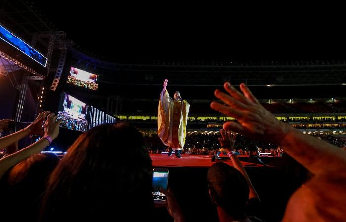 Shows de 30 anos da Obra de Maria aconteceram na Arena Pernambuco. (Foto: Bruna Costa/Esp. DP.)