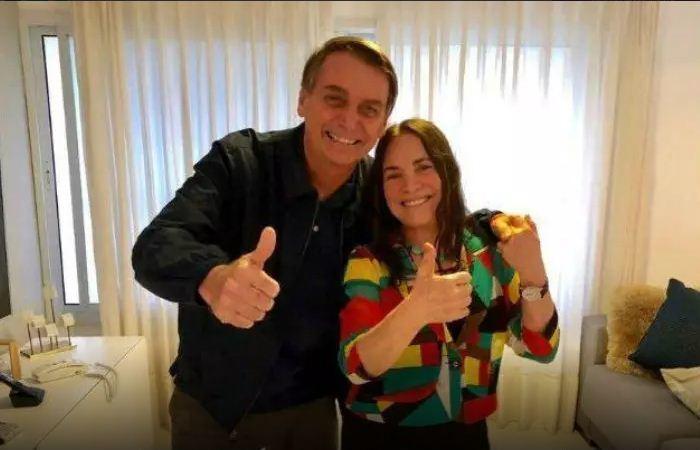 Para convencer a atriz a assumir a pasta da Cultura, Bolsonaro disse que poderia recriar o Ministério da Cultura, o que elevaria a atriz à condição de ministra (Foto: Reprodução)