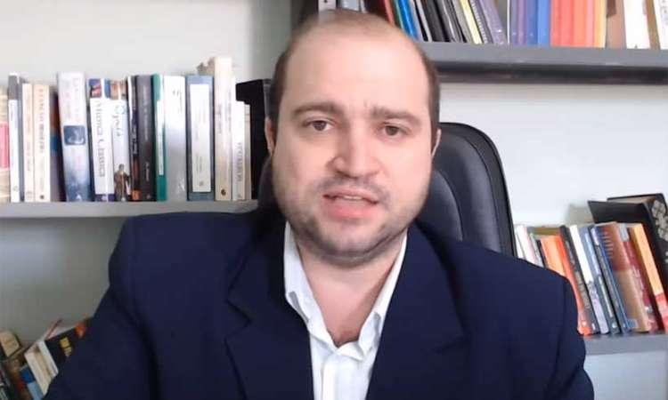 """Antes de assumir o cargo de presidente da Funarte, o maestro Dante Mantovani, disse em um vídeo que o rock """"leva ao aborto e satanismo"""" (foto: Reprodução/YouTube)"""