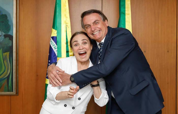 Atriz Regina Duarte está negociando com o governo federal para assumir a pasta da Secretaria da Cultura, no Ministério da Cidadania (Foto: Carolina Antunes/PR/Divulgação)