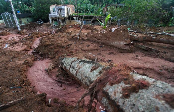 No inverno de 2019, 23 pessoas morreram por causa de deslizamentos de terra, como o ocorrido em Caetés I, Abreu e Lima. (Foto: Bruna Costa/Esp. DP.)