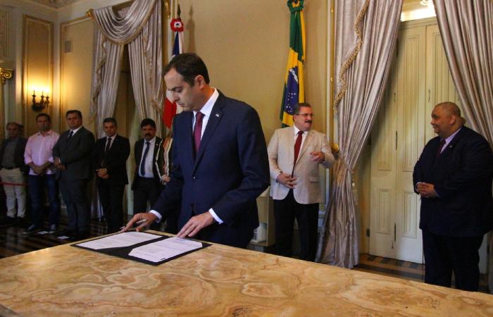 O convênio foi assinado pelo governador Paulo Câmara com três agências da ONU. (Foto: Peu Ricardo/DP.)