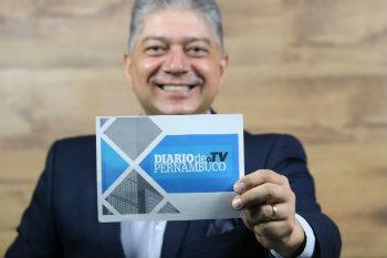 Na Diario de Pernambuco TV, Rhaldney vai entrevistar lideranças políticas da região. (Foto: Tarciso Augusto/DP)