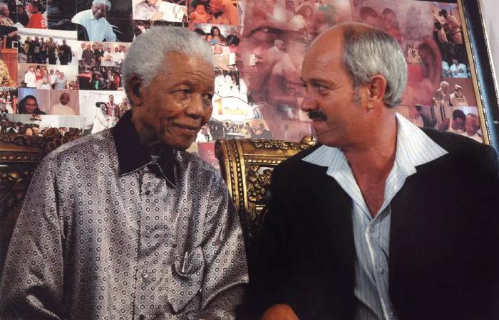 'Em Mandela, vi o ser humano, não um terrorista perigoso', diz Christo Brand, carcereiro do ex-líder africano, morto em 2013 (Foto: Arquivo Pessoal.)