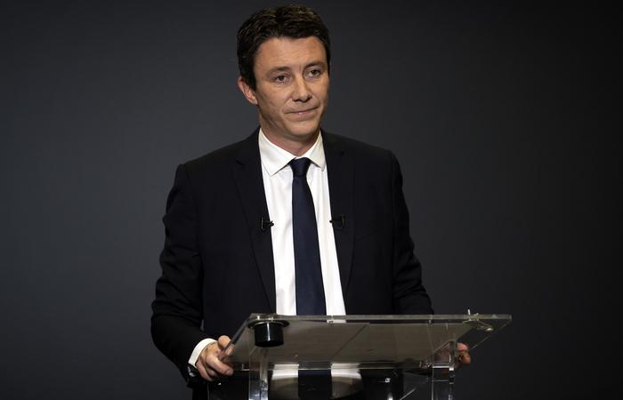 Benjamin Griveaux, que desistiu da candidatura à prefeitura de Paris.  (Foto: Lionel BONAVENTURE / AFP )