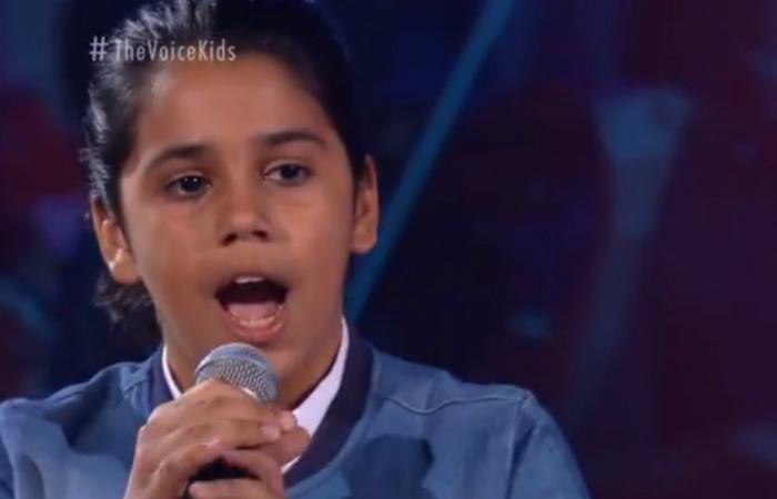 Recifense Canta Elvis Costello E Segue No The Voice Kids Viver Diario De Pernambuco