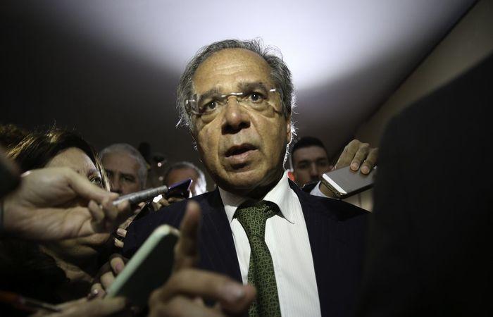 Ministro amenizou o discurso de que as reformas são a principal resposta ao coronavírus  (Foto: Fábio Rodrigues Pozzebom/)