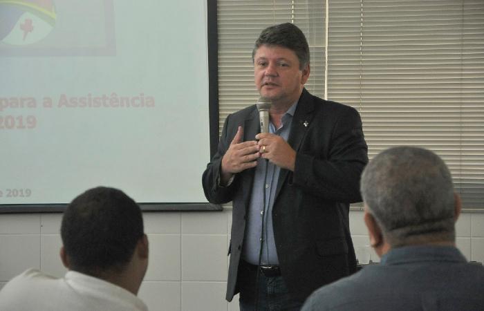 (O secretário Sileno Guedes informou que o pagamento vai beneficiar 395.930 famílias. Foto: Divulgação)
