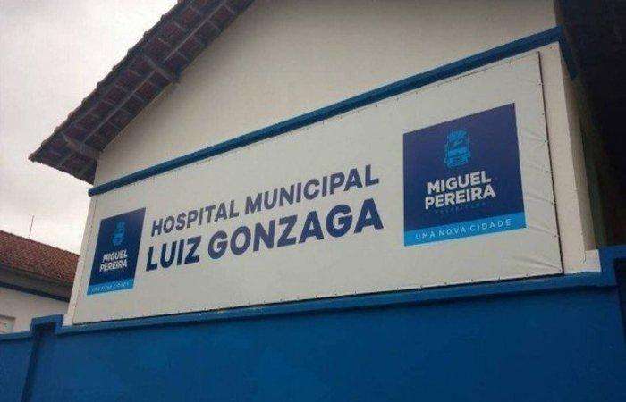 Mulher foi internada no Hospital Luiz Gonzaga em estado grave  (Foto: Reprodução)