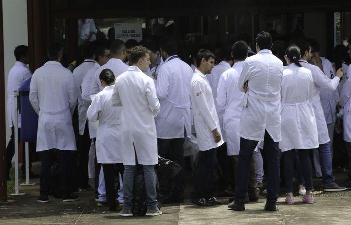 A permissão é temporária enquanto durar a emergência em saúde pública (Foto: Fabio Rodrigues Pozzebom/Agência Brasil)