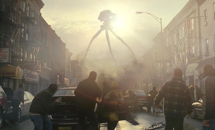 O diretor norte-americano Steven Spielberg aborda a finitude da condição humana com o filme Guerra dos mundos, de 2005, um grande sucesso de bilheteria da época (Foto: Divulgação)