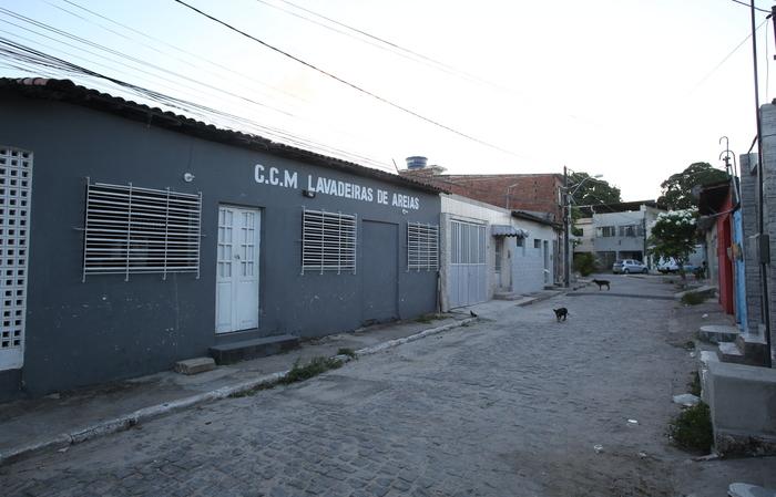 Rua Pesqueira, onde morava Luiz. (Foto: Hesíodo Goes/Esp. DP)