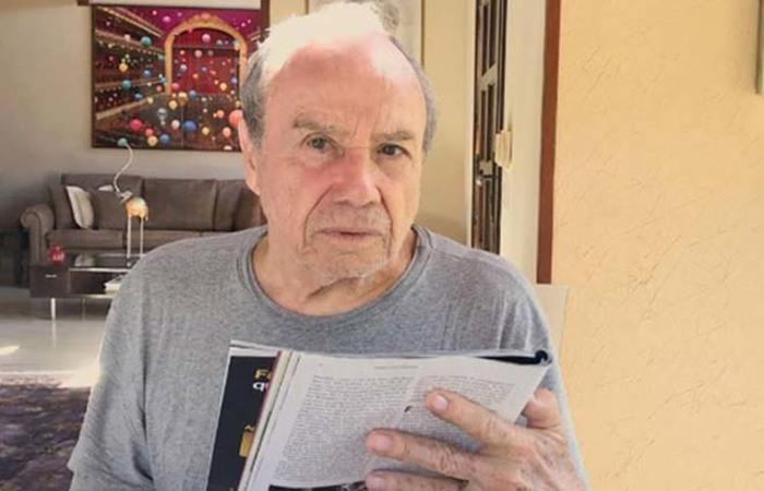 Stênio Garcia tem mais de 40 anos de contribuições para a Globo (Foto: Reprodução/Instagram)