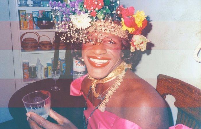 Marsha P. Jhonson, mulher trans líder da revolta de Stonewall que inspirou nome de coletivo. (Foto: Divulgação)