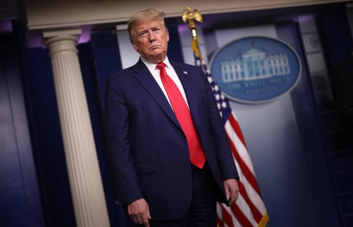 O processo de impeachment de Trump foi desencadeado pela denúncia anônima de um telefonema. (Foto: WIN MCNAMEE / GETTY IMAGES NORTH AMERICA / GETTY IMAGES VIA AFP)