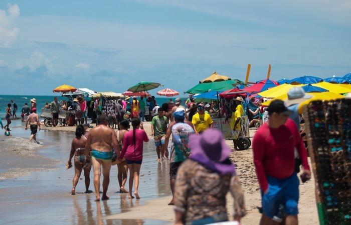 Praia do Litoral Sul tem o turismo como principal fonte de renda.  (Foto: Tarciso Augusto/Esp. DP)
