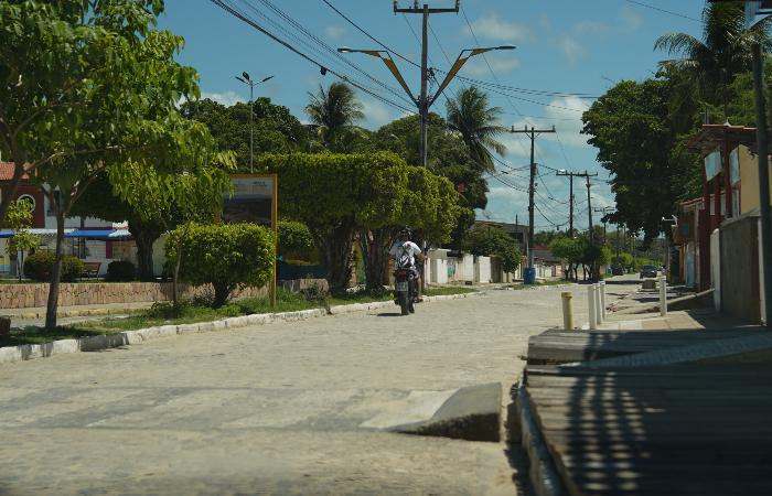 Movimentação nas ruas de Tamandaré era praticamente zero, até no centro da cidade. (Foto: Peu Ricardo/DP.)