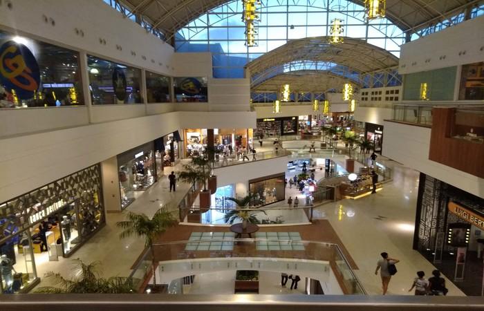 Shoppings estão fechados desde março e algumas operações funcionam por delivery.   (Foto: RioMar/Divulgação)