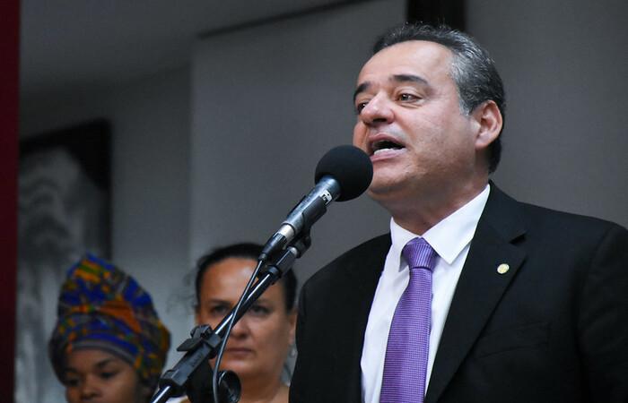 (Danilo Cabral é um dos autores do pedido. Foto: Chico Ferreira/Divulgação)