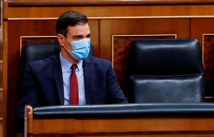 A investigação, ainda não concluída, gerou mais munição para ataques ao premiê Pedro Sánchez (Foto: Andres Ballesteros/POOL/AFP)