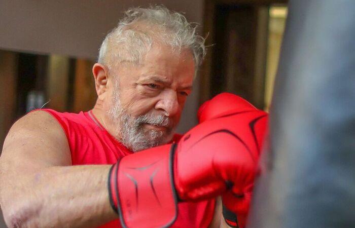 Aos 4 anos, ex-presidente luta boxe para manter a forma e aliviar tensões (Foto: Ricado Stuckert/Divulgação)