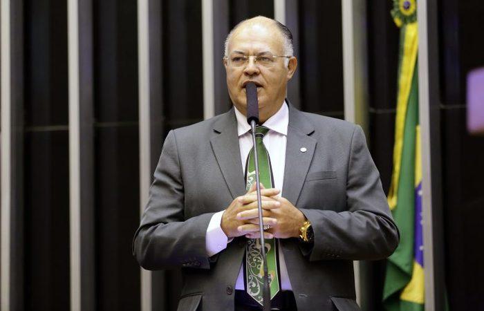 O deputado federal Pastor Eurico reforçou o coro dos evangélicos pela volta dos cultos (Foto: Câmara dos Deputados)