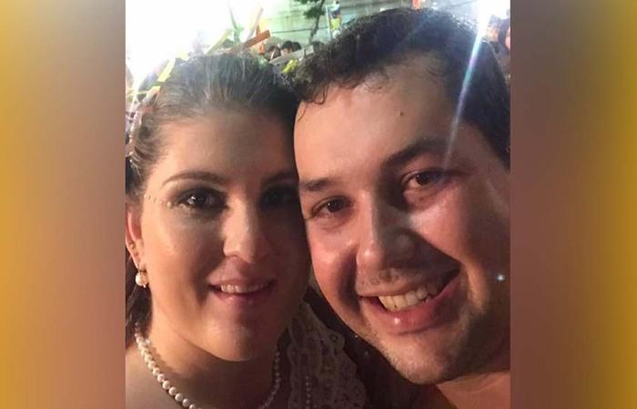 Sarí Gaspar Côrtes Real é casada com o prefeito de Tamandaré, Sérgio Hacker.  (Foto: Reprodução/Facebook)
