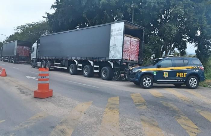 Um dos motoristas era reincidente nesta prática (Foto: PRF / Divulgação)