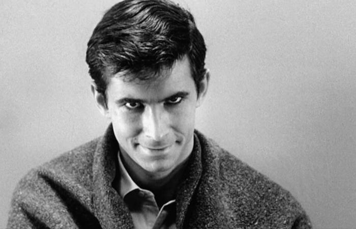Norman Bates é uma figura que evoca um macabro quase sobrenatural (Foto: Universal Pictures)