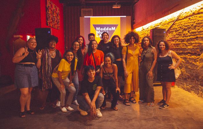 Registro de uma edição do MaddaM Music Lab, oficina realizada pelo coletivo (Foto: Pavoa/Divulgação)