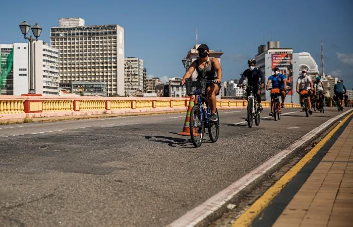 Ciclistas querem mais segurança para pedalar no Recife | Local: Diario de Pernambuco