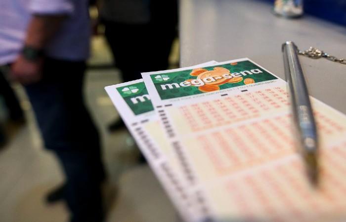 A quina teve 75 apostas vencedoras cada uma receberá R$ 36.939,97 (Foto: Marcelo Camargo / Agência Brasil)