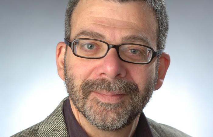 John Burdick morreu de câncer, diagnosticado há oito meses (Foto: Syracuse University / Divulgação)