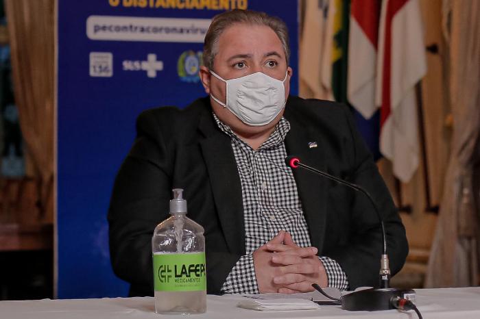 O secretário estadual de Saúde, André Longo, ressaltou que batalha contra a Covid-19 não está vencida. (Foto: Pedro Menezes/Divulgação)
