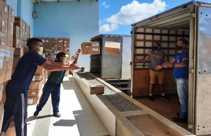 Amupe começou hoje distribuição de material de segurança (Foto: Ascom / Amupe)