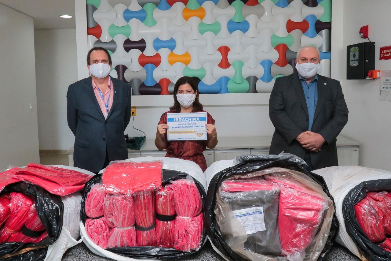 Hospital da Mulher do Recife, no Curado, foi um dos locais que receberam a doação. (Foto: Tarciso Augusto/Esp. DP.)