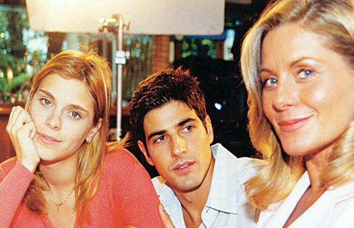 Trama foi estrelada por Carolina Dieckman, Reynaldo Gianecchini e Vera Fischer no núcleo principal  (Foto: Divulgação)