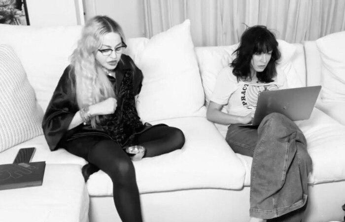 Em vídeo publicado no Instagram, a cantora pop aparece conversando com a roteirista Diablo Cody. (Foto: Instagram/Reprodução)