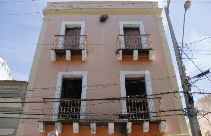 O casarão onde Clarice viveu se localiza no bairro da Boa Vista. ( Foto: Debora Rosa/Esp.DP/D.A.Press)