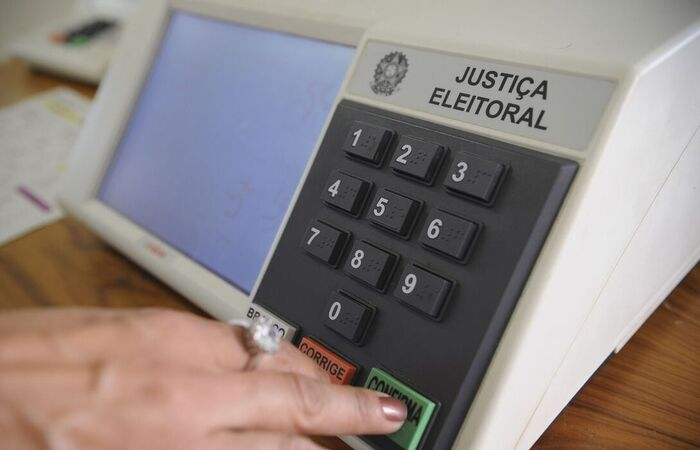 Por causa da pandemia, TSE amplia horário da votação em uma hora   Brasil:  Diario de Pernambuco