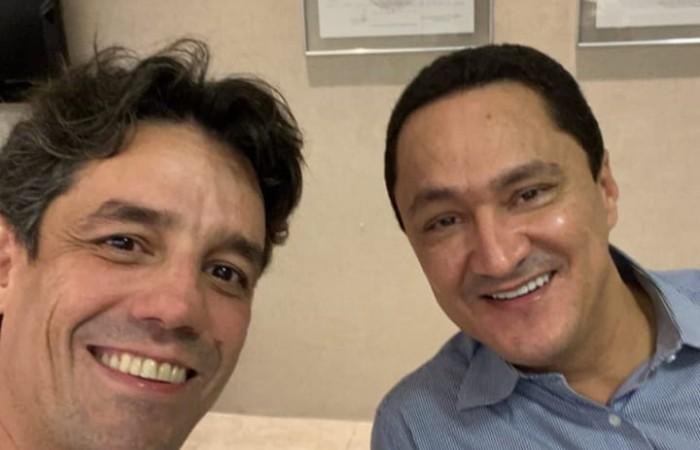 """Daniel Coelho e André Ferreira: """"Quem tem tempo, não tem pressa"""" (Foto: Reprodução / Instagram)"""