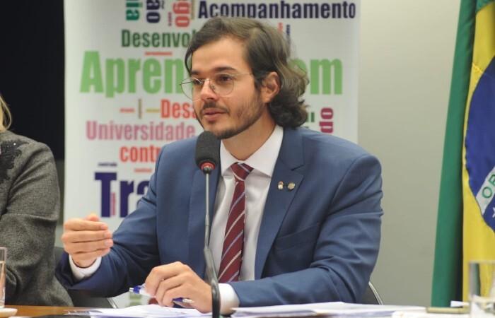 (Segundo Túlio Gadelha, a informação sobre a ameaça do PSB foi repassada presidente nacional do partido, Carlos Lupi. Foto: Divulgação)