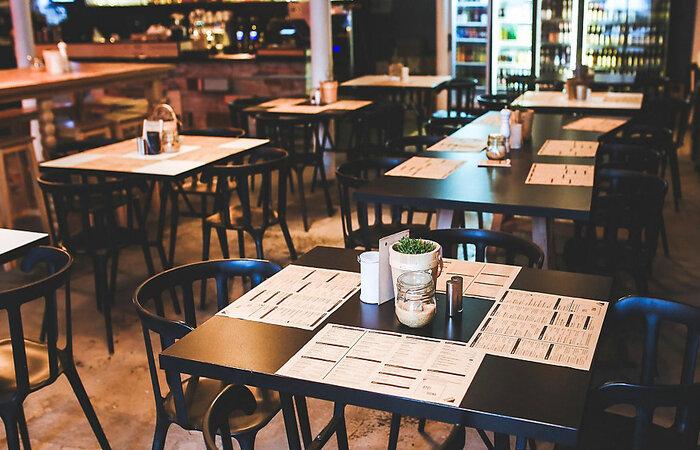 Nas Geres de Arcoverde, Serra Talhada e Salgueiro restaurantes poderão funcionar até às 22h.  (Foto: Pixabay/Reprodução)