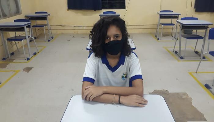 Kelly Soares, 18 anos, disse que se sentiu segura na escola. (Foto: Arquivo Pessoal)