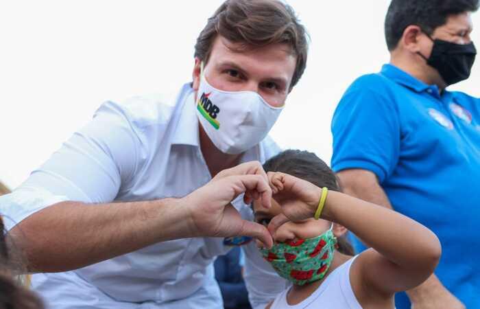 (A qualidade da educação de crianças e adolescentes faz parte da gestão de Miguel Coelho. Foto: Divulgação )